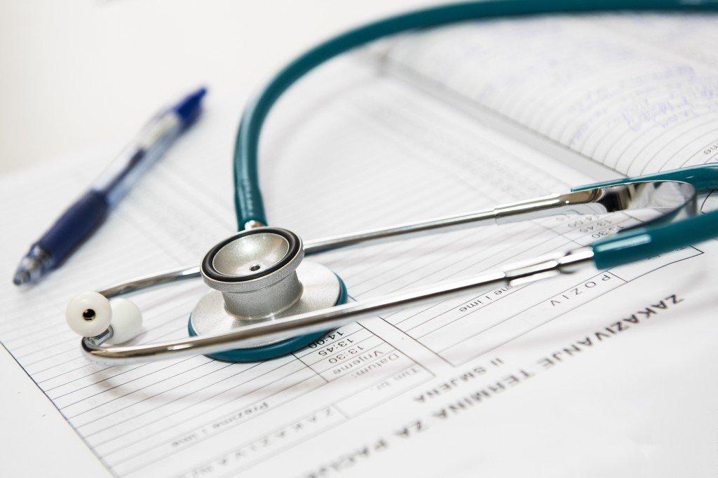 Koszty leczenia a ubezpieczenie na wyjazd do Australii.