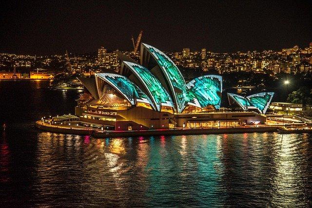 Bezpieczna podróż i ubezpieczenie na wyjazd do Australii.