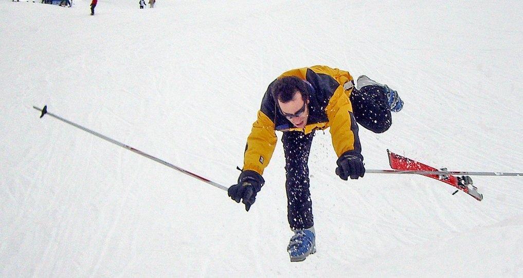 Pierwsza pomoc na stoku narciarskim - zawsze jej udzielaj