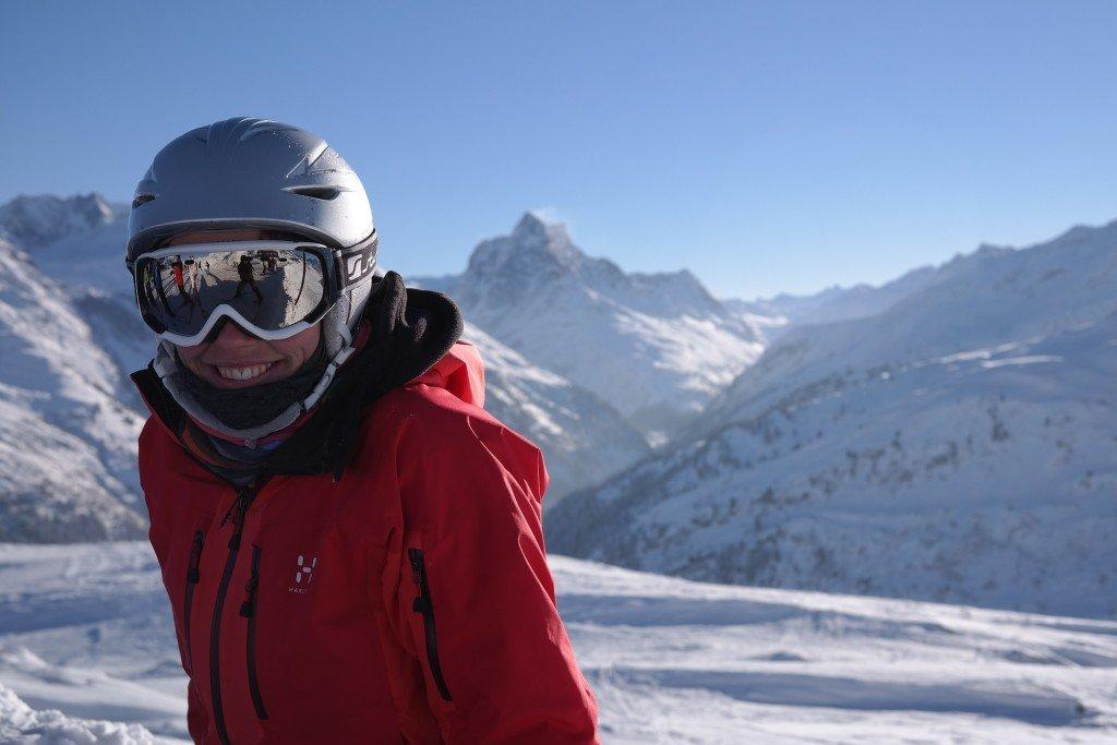 Jazda bez kasku na nartach? Wykluczone!