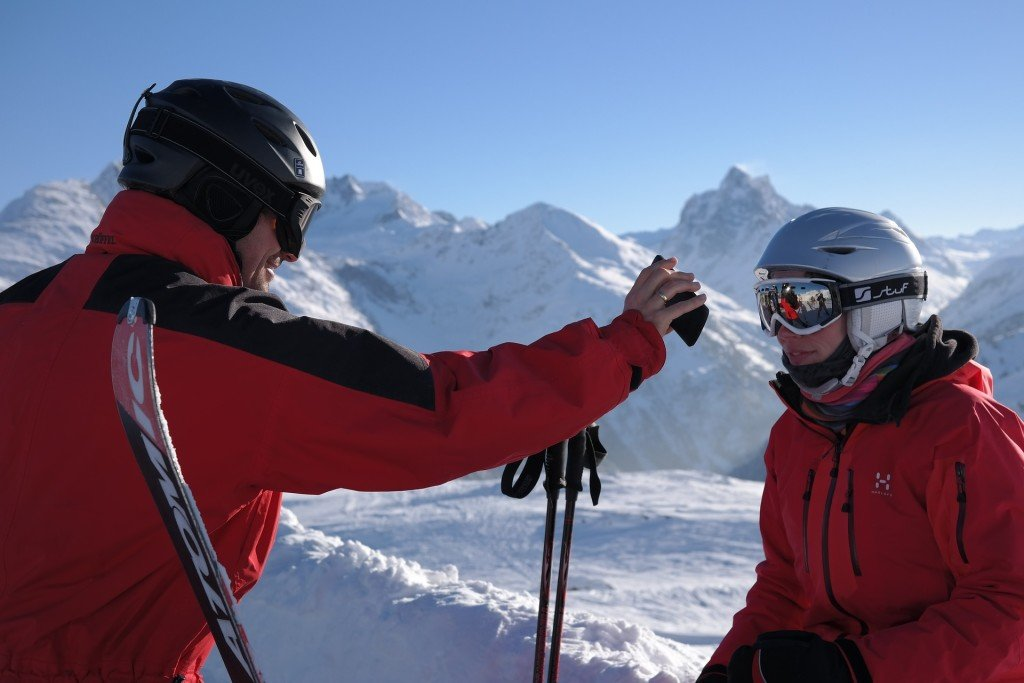 skier-999277_1920