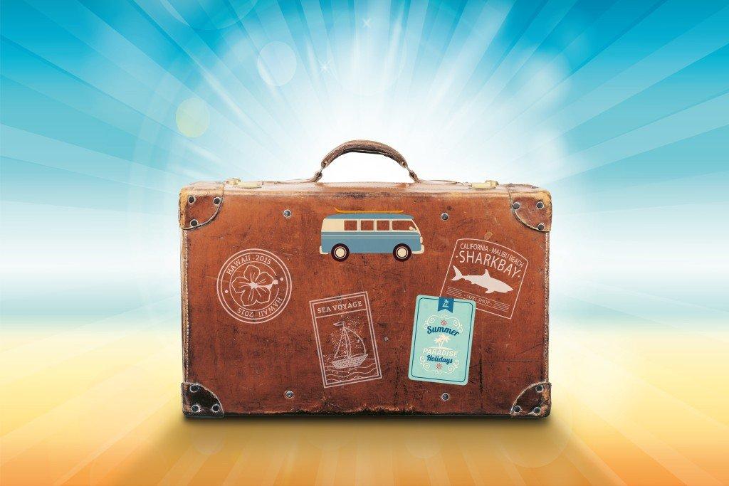 Jak spokojnie wyjechać na urlop i co zabrać na wakacje?