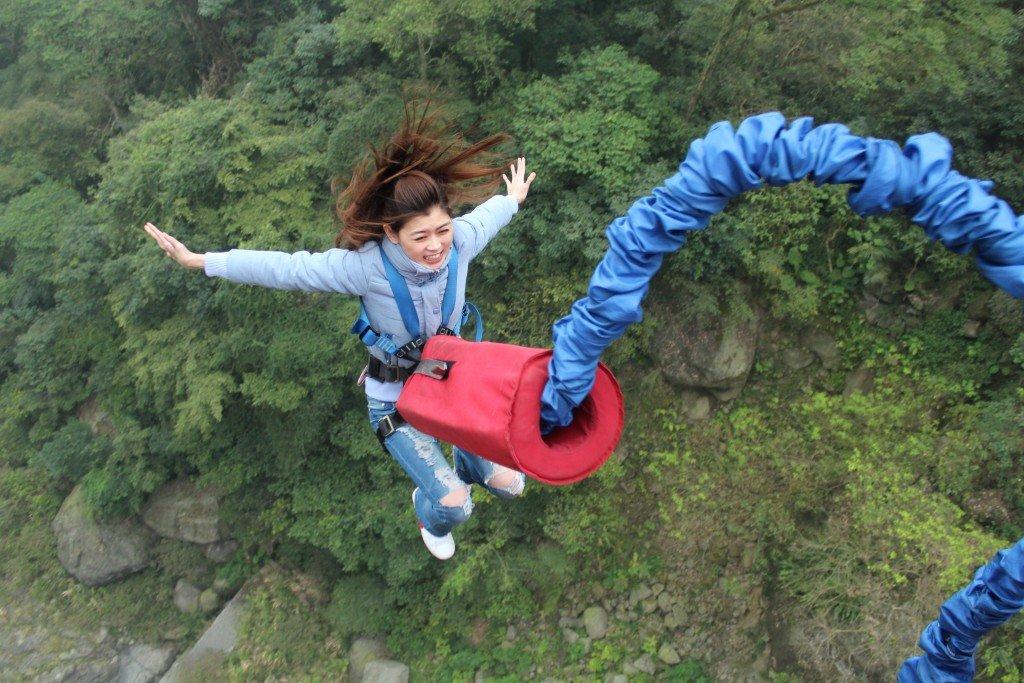 Skok na bungee? Wybierz ubezpieczenie dla aktywnych!