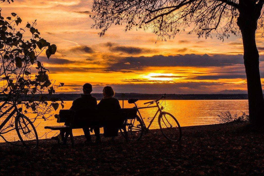 Wyjeżdżam nad Jezioro Bodeńskie, jak wybrać ubezpieczenie turystyczne do Niemiec?