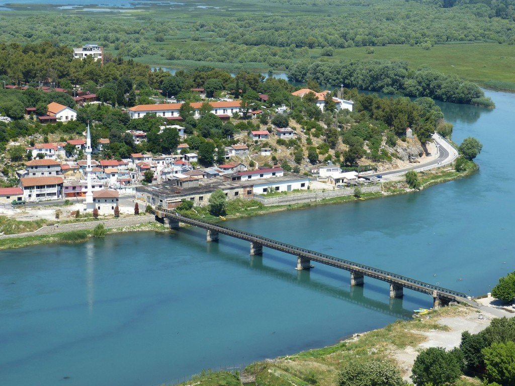 Podróż na Bałkany. Gdzie znajdę ubezpieczenie turystyczne do Albanii?