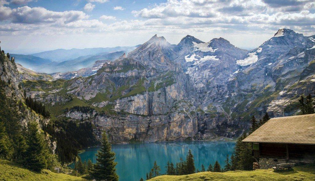 Wybierz odpowiednie ubezpieczenie turystyczne do Szwajcarii