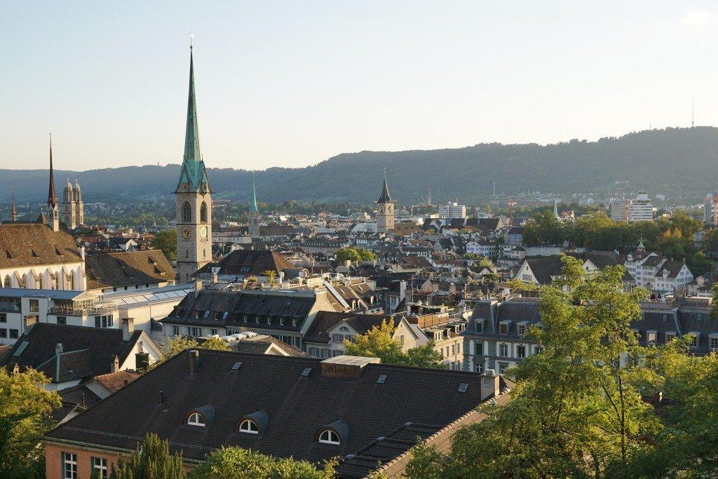 Gdzie znajdę ubezpieczenie turystyczne do Szwajcarii?