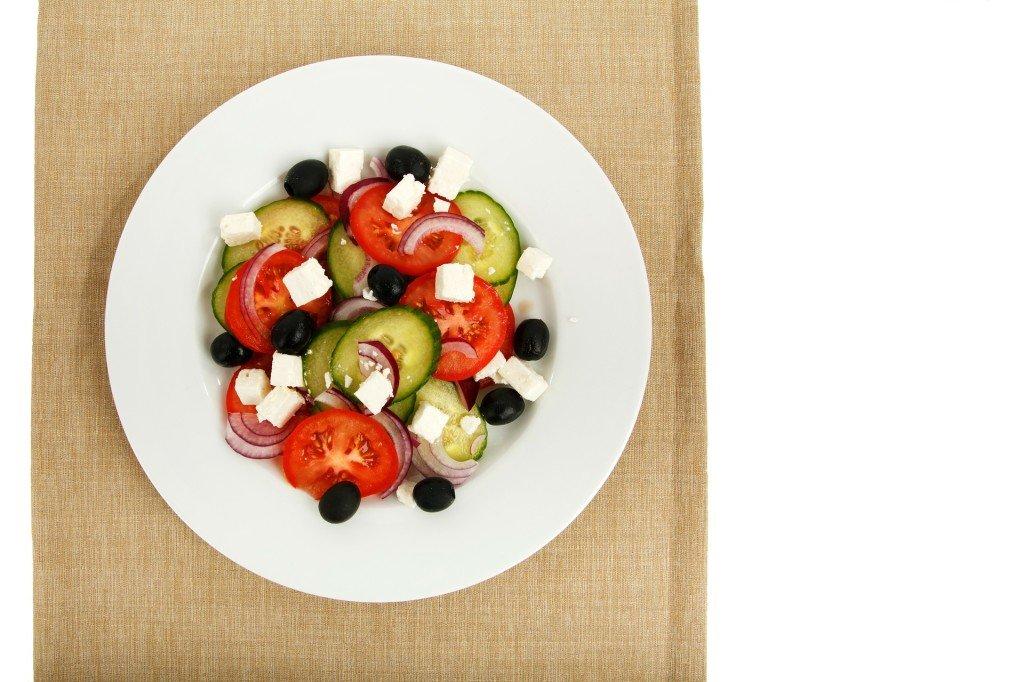 Najlepsza grecka kuchnia - podróż do Aten i ubezpieczenie turystyczne do Grecji