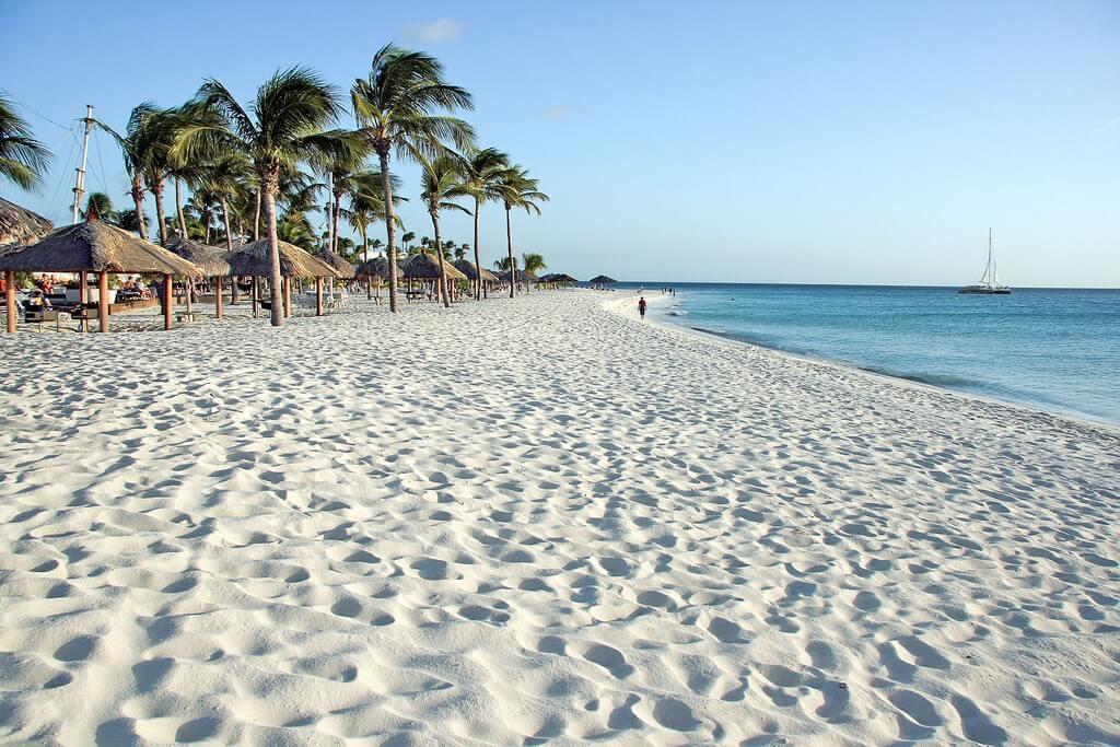 Najpiękniejsze plaże świata - Eagle Beach