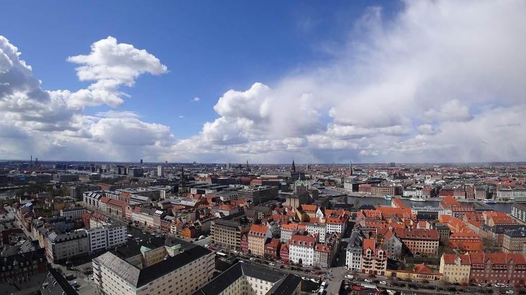Tanie ubezpieczenie turystyczne do Danii - co powinno zawierać?