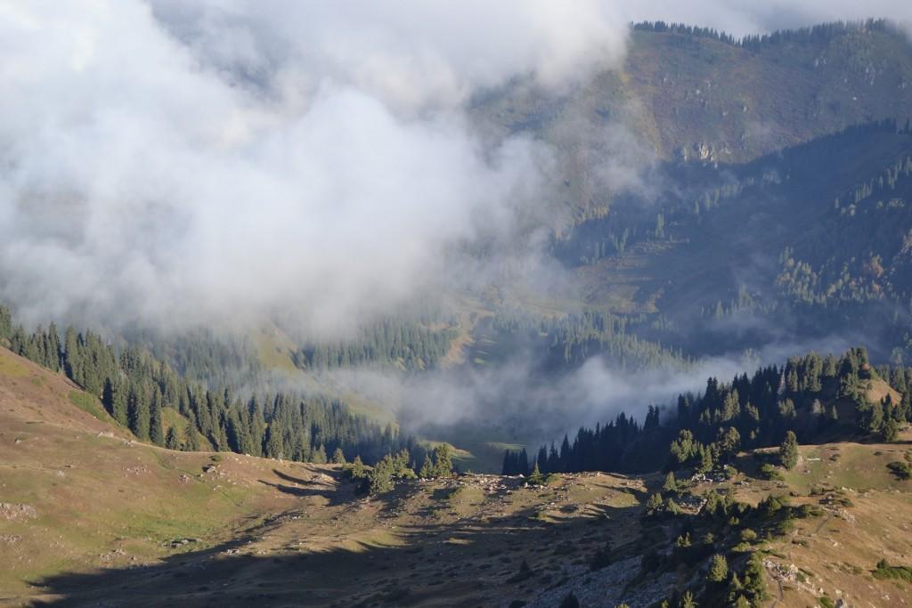 Góry - jak wybrać ubezpieczenie turystyczne do Kazachstanu?