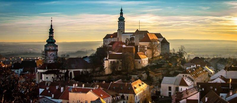 Wybieramy ubezpieczenie turystyczne do Czech