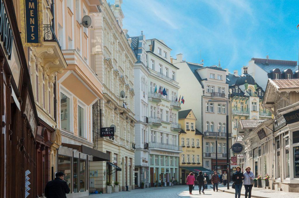 ubezpieczenie turystyczne do Czech - gdzie go szukać?