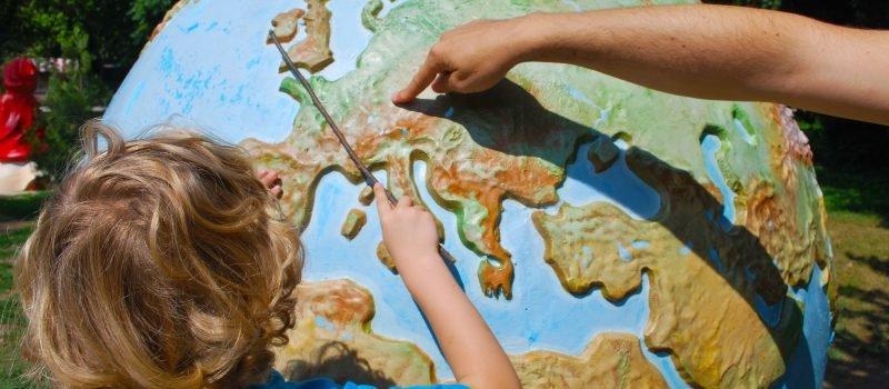 Ubezpieczenie dla dziecka na szkolne wycieczki - jak wybrać?