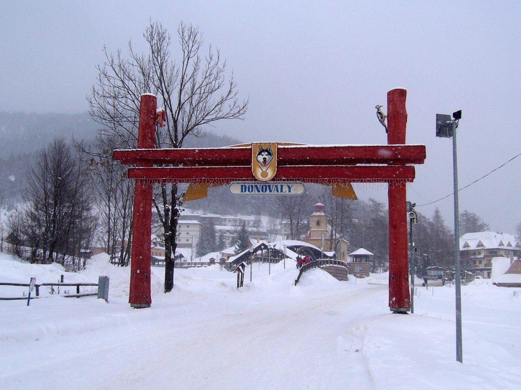 rodzinny wyjazd na narty w Donovay