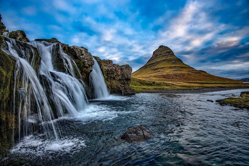 wakacje na odludziu w Islandii