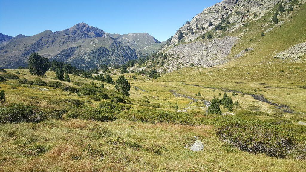 jak wybrać ubezpieczenie turystyczne do Andory