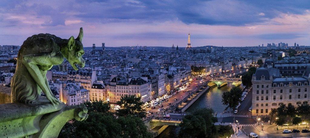 ubezpieczenie turystyczne do Francji